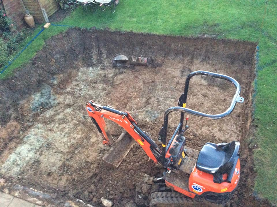 picture of landscaping services ags builders northamptonshire digging out 2