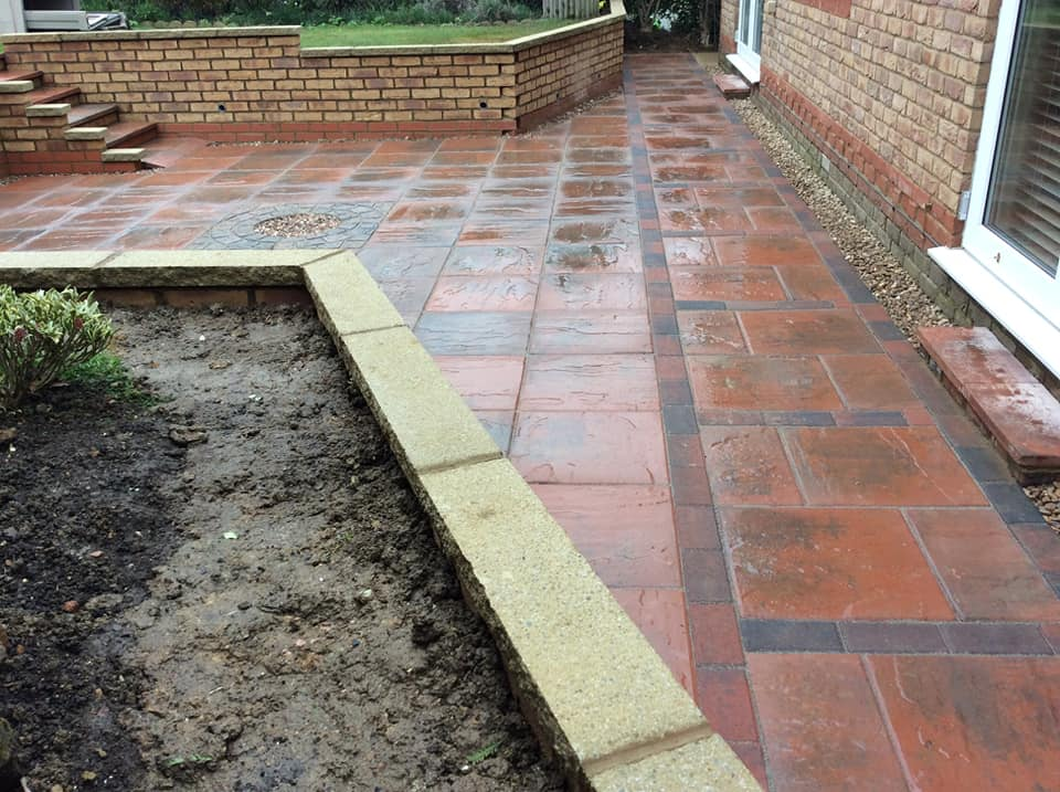 picutre of landscaping services ags builders northamptonshire side view